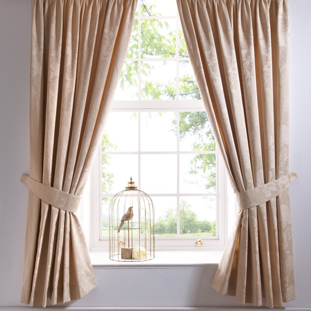 deco rose gold curtains id e inspirante. Black Bedroom Furniture Sets. Home Design Ideas